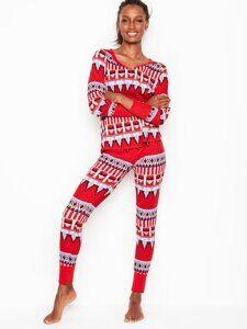 6839d5ec8b75 Термо-пижама с новогодним принтом Victoria's Secret